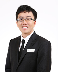 Photo of Dr Dennis Chua
